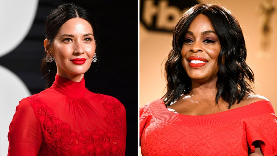 "Olivia Munn and Niecy Nash Show Noms ""Love"" During Lively Announcement"