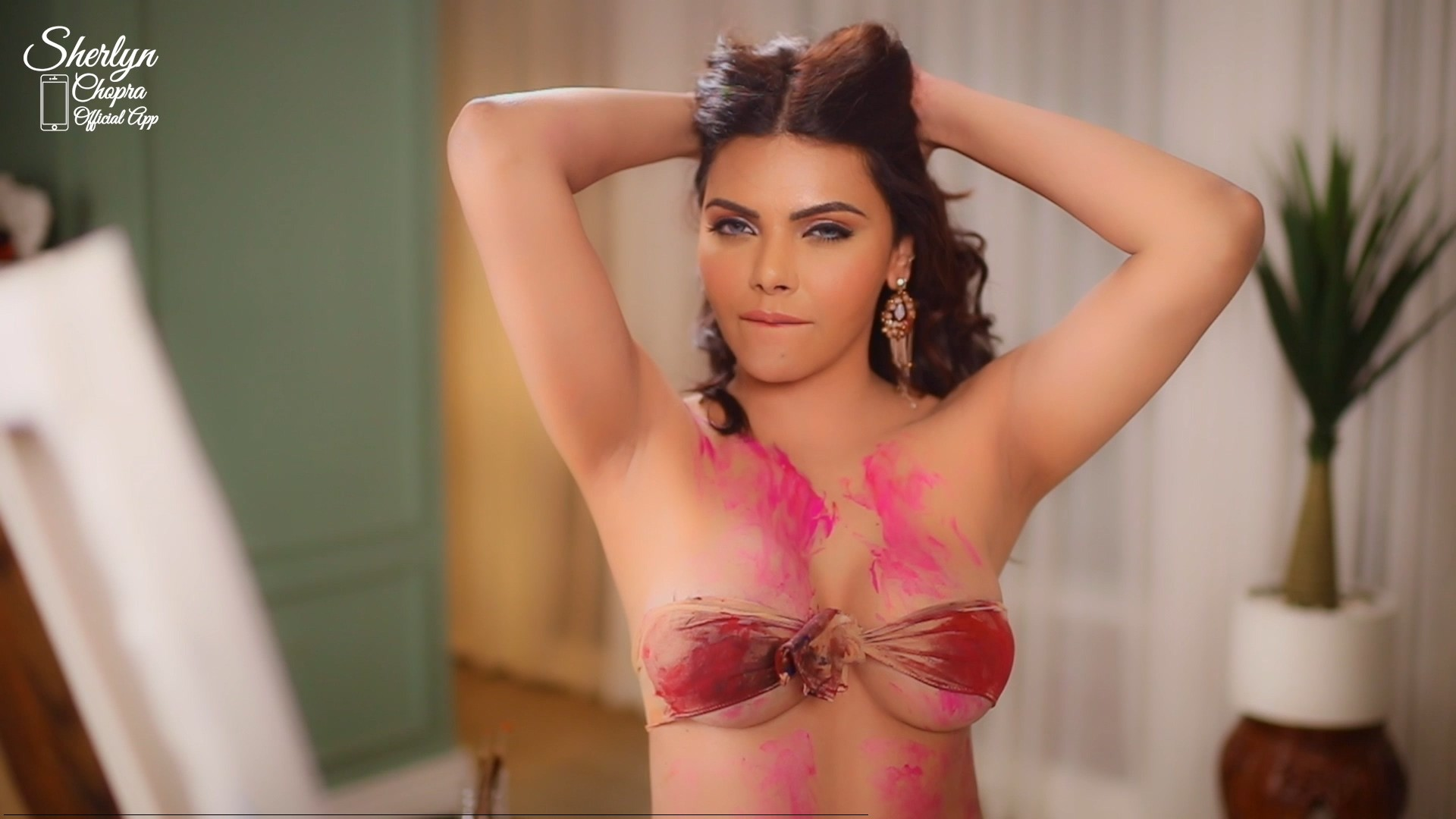 18+ The Artist – Sherlyn Chopra 2019